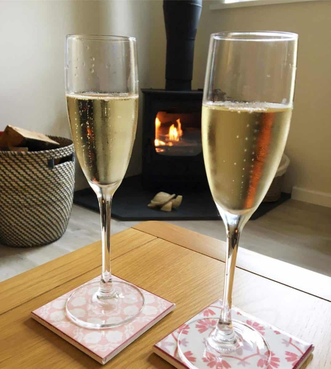 karens Kottages - free wine - drake stone cottage - stanegate cottage - northumberland - campervan hire