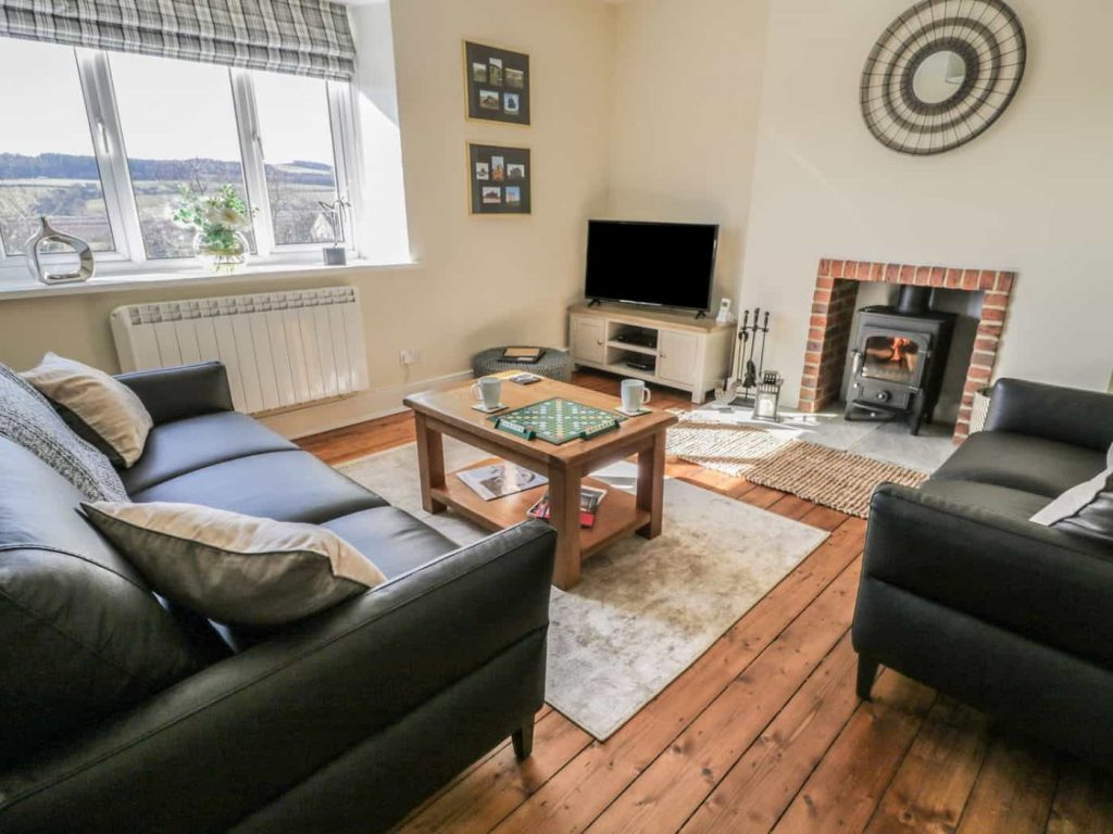 Karen's Kottages - Stanegate Cottage in Northumberland - dog friendly - living room 1