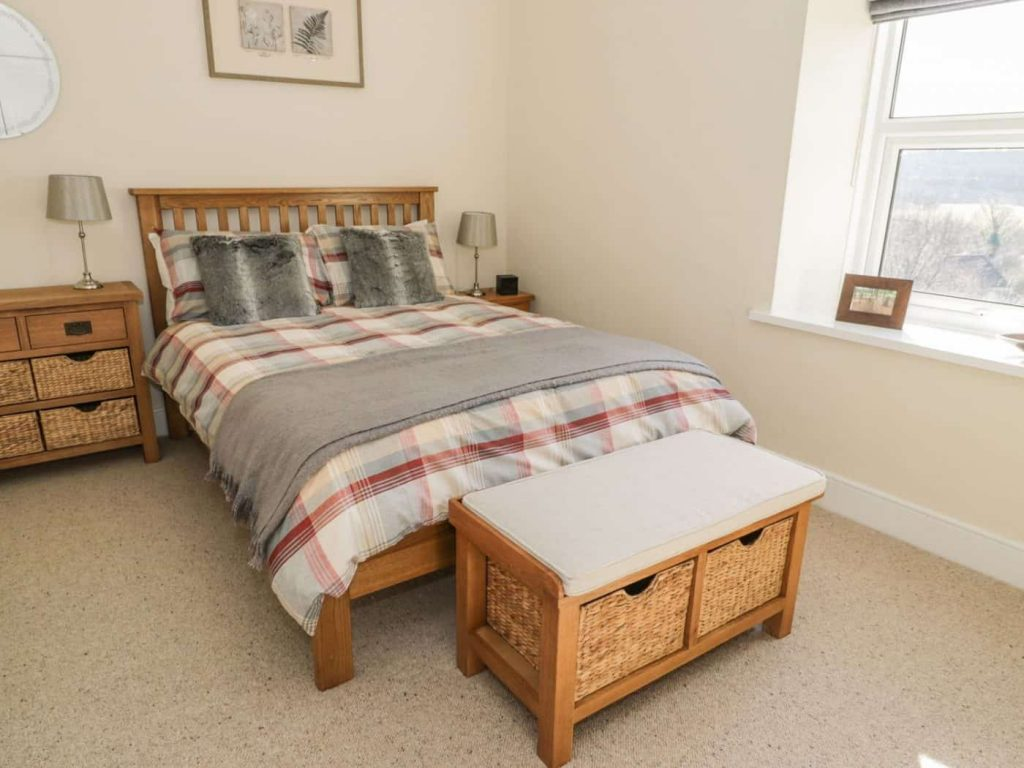 Karen's Kottages - bedroom 1 - Stanegate Cottage in Northumberland - dog friendly
